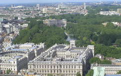 London,Regent park, középen a parkban a Buckingham palota látképe a London Eye-ból