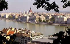 Dunaparti látkép a Parlamentel