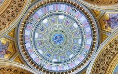 szent istván bazilika budapest magyarország műemlék kupola boltív freskó templom