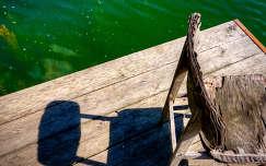 hibátlan árnyék bányató tó csepel kavicsos horgásztó víz stég szék árnyék napfény