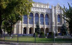 Budapest, Vigadó épülete