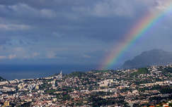 Szín a város felett, Funchal, Madeira, Protugália