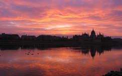 Hajnal, Budapest rakpart, Magyarország