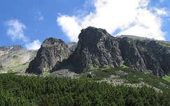 Szlovákia sziklák a Poprádi-tó közelében