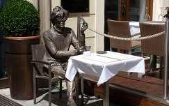 utcai szobor-Pozsony