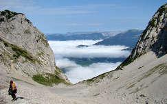 Osztrák Alpok, Grimming, felhők alatt a völgy