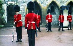Őrségváltás, London Tower