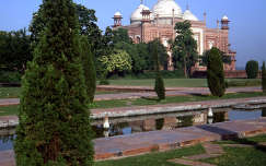 Taj Mahal melléképülete