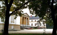 Magyarország, Dég, Festetics-kastély