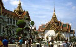 Bangkoki királyi palota udvara
