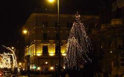 Budapest karácsonyi fényekben