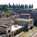 Olaszország,Herculaneum romjai a Vezúv pusztítása után, 30 méterrel a felszín alatt.