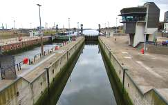 IJMUIDEN-NEDERLAND, The Locks to the North-Sea Canal