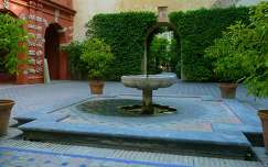 SEVILLA-SPAIN, JARDIN REAL ALCAZAR
